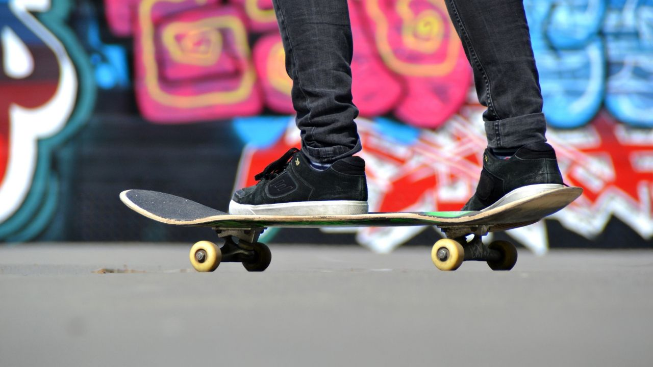 How to Assemble your Skateboard Quick and Easy